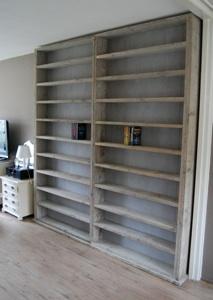een boekenkast zit ook in het assortiment hiernaast ziet u een voorbeeld op maat gemaakt 2 x 120x260x20 naar wens op uw eigen maten te bouwen